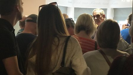 People queuing to get a picture with Ross Kemp. Picture: Victoria Pertusa