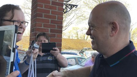 Ross Kemp greeting fans. Picture: Victoria Pertusa