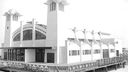 Wellington Pier in May, 1959. It would be Peter Maddock's professional focus until 1974 Picture: