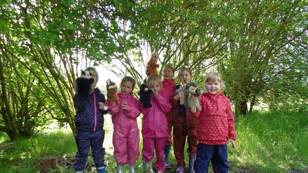 Shelton with Hardwick Community School's Woodpecker Class enjoyed a creative Forest School session.