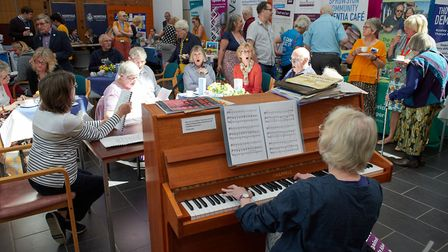 Heather Edwards from Music Mirrors leads a sing-along at the NNUH Dementia Information and Advice Fa