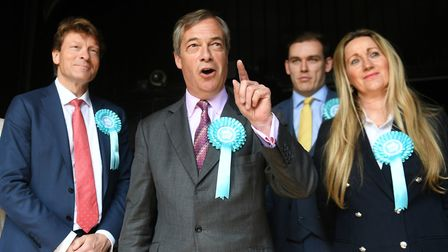Brexit Party leader Nigel Farage (centre) with Brexit Party chairman Richard Tice (left) and candida