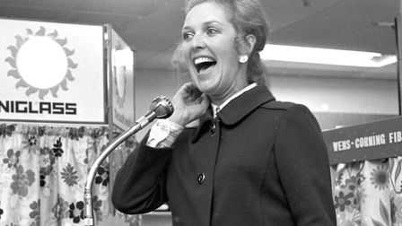Television personality, Katie Boyle, at the Ipswich Co-op in April 1970. She had an interesting nick