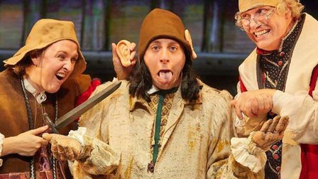 The Terrible Tudors by Birmingham Stage Company. PIC: Mark Douet_low r