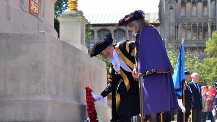 The Sheriff of Norwich, Dr Marian Prinsley and the Lord Mayor of Norwich, Vaughan Thomas laying a re