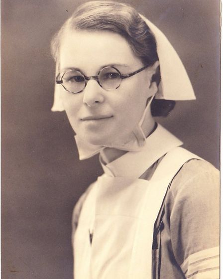 Family share pictures of Sister Mollie Evershed who saved 75 servicemen as ship sunk during D-Day in