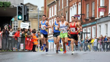 The leading pack at the Lord Mayor's 5K City Centre Classic. Picture: Jamie Honeywood