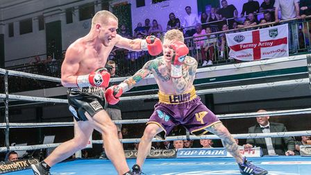 Ryan Walsh going toe-to-toe with Lewis Paulin Picture: Mark Hewlett Photography