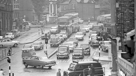 Prince of Wales road, city traffic problems. Photo taken in June 1965. Photo: Archive