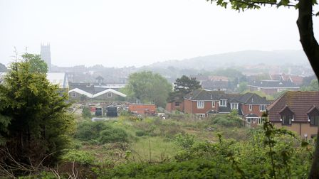 Residents of Howard's Hill and Fulcher Avenue are unhappy with a planning app for a 2.5 storey house