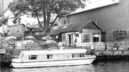 Norwich -- PubsThe Ferry Boat, King Street Dated -- 9 August 1993Photograph C1842 Folkes