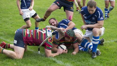 Matt Selby touches down for Norwich to put them 17-12 ahead at Diss Picture: ANDY MICKLETHWAITE