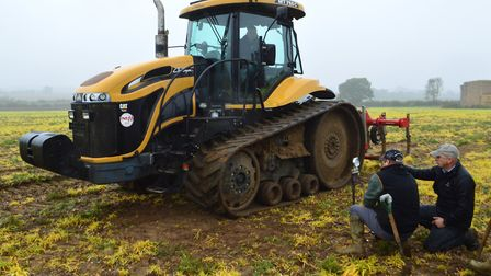 Strategies for minimising soil compaction damage from heavy farm machines were tested at the Diss Mo