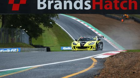 Harry King won the opening two Ginetta GT4 SuperCup races to put himself in pole position to claim t