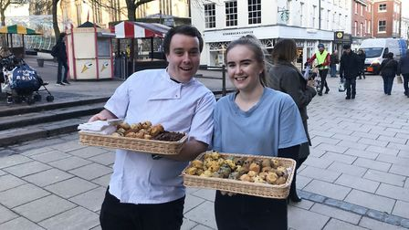 Customers waiting in the queue enjoyed free muffins from Muffin Break in Castle Quarter. Pic: Ella W