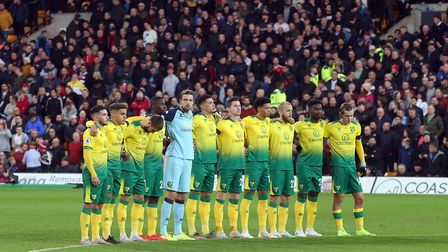 Norwich City players wearing special #BuildTheNest shirts while paying tribute to Duncan Forbes. Pic