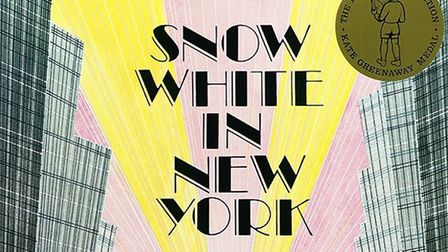 Snow White in New York by Fiona French