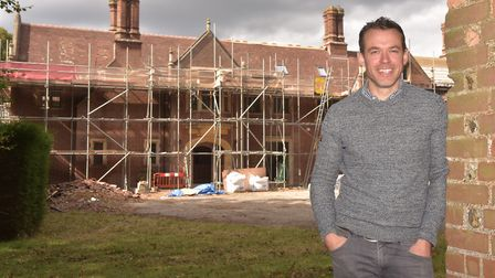 Jamie Perry, Site Director with Drayton Old Lodge in the background. Byline: Sonya Duncan (C) Archan
