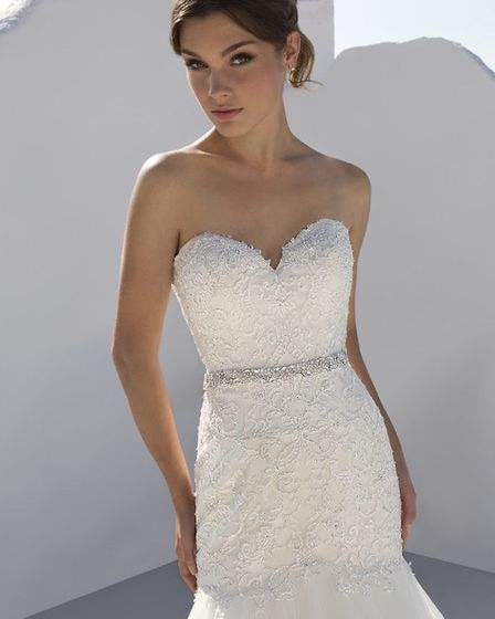 The beautiful wedding dress which Tracey Roberts won free from Say Yes bridal outlet in Castle Quart