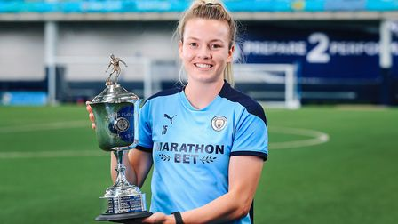 Lauren Hemp with her latest PFA Women's Young Player of the Year Award. Picture: Matt McNulty (Manch