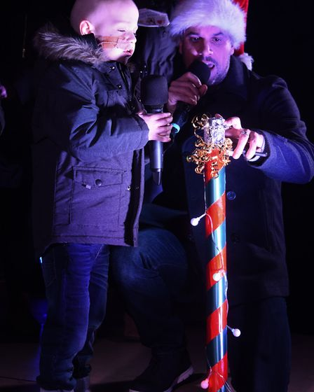 Denver Clinton, left, ready to switch on the Dereham Christmas lights with help from Lee Rudd. Pictu