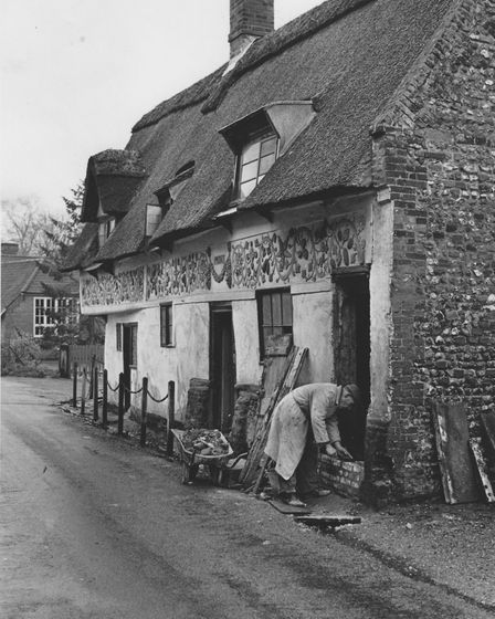 Eric Head doing some restoration work on Bishop Bonners Cottage in Dereham many years ago. For: Emm