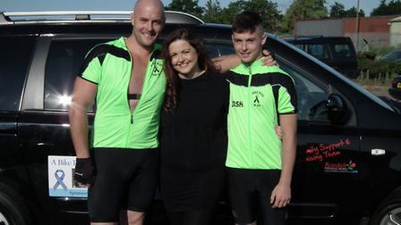 Ian Eaton with his daughter Jess and son Josh before setting off on his cycle challenge.