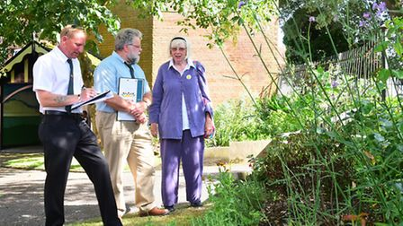 Anglia In Bloom judges George Dawson and Chris Durrant with Tamsyn Imison. visit Halesworth.