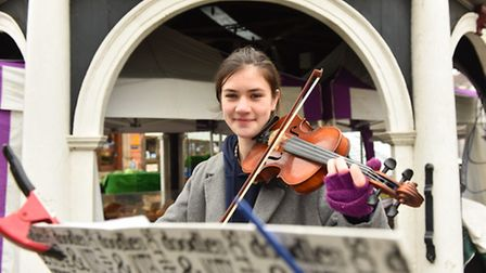 Violinist Poppy Whymark has been busking in Bungay to raise funds and awareness for Elizabeth's Lega