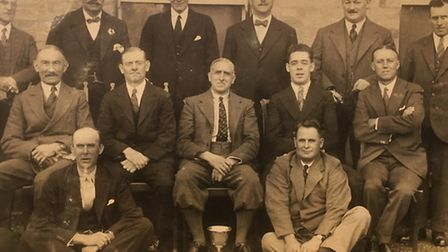 Roy Taylor's photo of the vintage bowls team.