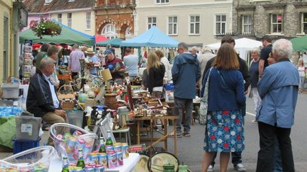 Proceedings came to an end with an art and antiques street fair. Photo: Andrew Atterwill
