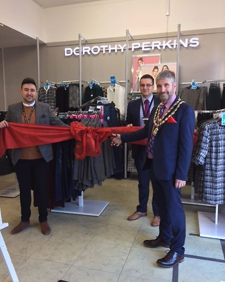 Beccles mayor Richard Stubbings cuts the ribbon on the new Dorothy Perkins in Beales Department Stor