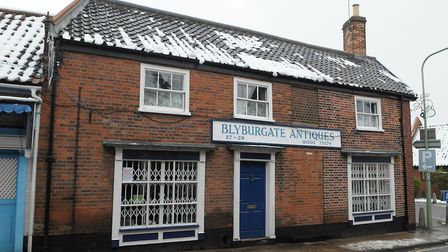 Beccles town focus. Blyburgate Antiques.