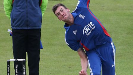 Reece Topley bowling for England Under-19s in a one-day international against Ireland at Grace Road