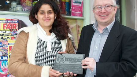 David Ellesmere, leader of Ipswich Borough Council, presenting a Reducing the Strength plaque to Fat