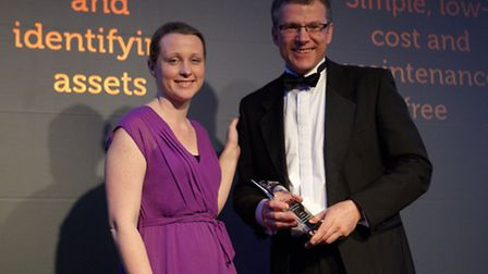 Kevin Gooding of Oxems receiving the award for Best University Technology at the UK Energy Innovatio