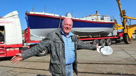 Former Gorleston lifeboat the Louise Stephens arrives at its new home in Lowestoft after spendIng mo