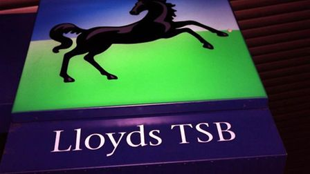 Lending to business Lloyds Banking Group and Royal Bank of Scotland has fallen, according to new fig
