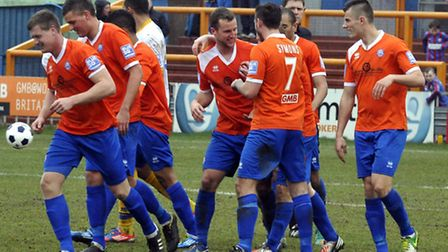 Braintree Town start at Hereford
