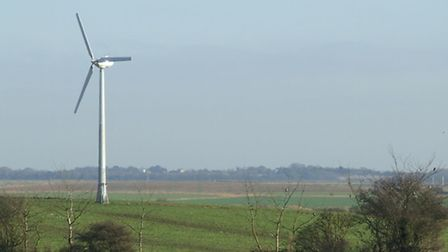 Villagers attended an Eye Town Council meeting in protest against proposals for a wind turbine in De