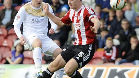 Freddie Sears curls a shot wide of the target during the first half at Brentford