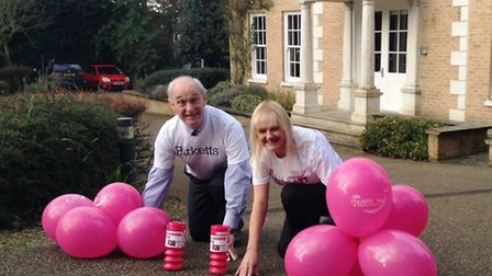 Richard Wollaston of Birketts and Tanya King from Havens Hospices get set for this year's Race4Busin