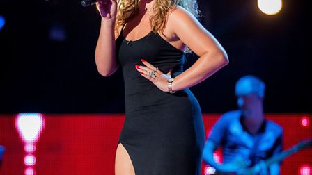 Jade Mayjean Peters performs in stage during The Voice blind auditions - (C) Wall To all - Photograp