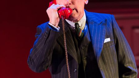 Christopher Timothy as Inspector Hubbard in Dial M For Murder at the Colchester Mercury