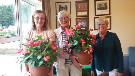 Diss GC Ladies' Invitation Day prize winners Philippa Bridges, left, and Chris Lynch-Bates received