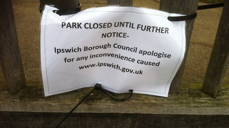 A sign to say the park is closed