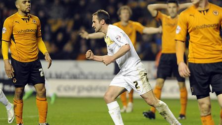 Clenched fist: David Wright celebrates in defiance as the U's come back to make the score 3-2 at Mol