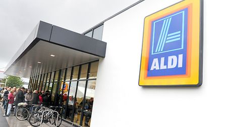 Aldi and Lidl have again increased their share of the grocery market.