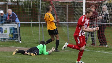 Felixstowe and Walton United will face Bury Town in the Suffolk Premier Cup Final at Sudbury