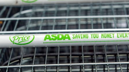 Asda is to cut 1,360 jobs as part of an overhaul of its store management structure.
